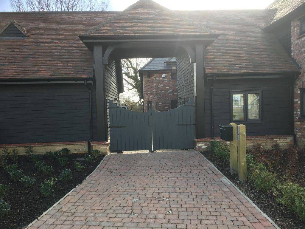 Converted Barn Electric Gates
