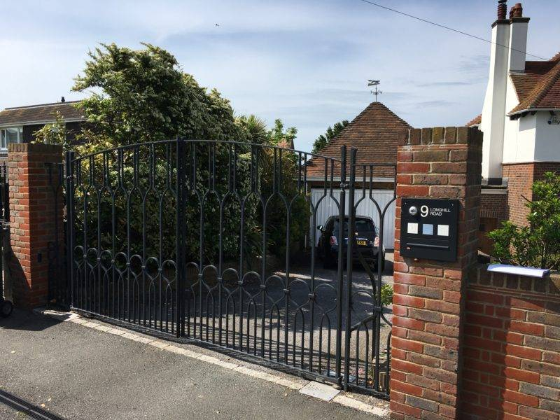 Metal gates in Uckfield